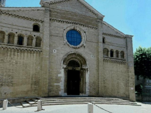 Duomo di Fano: esterno